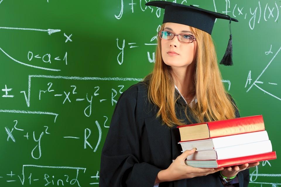 В Жиздринском районе на сайтах незаконно продавали ВУЗовские дипломы.