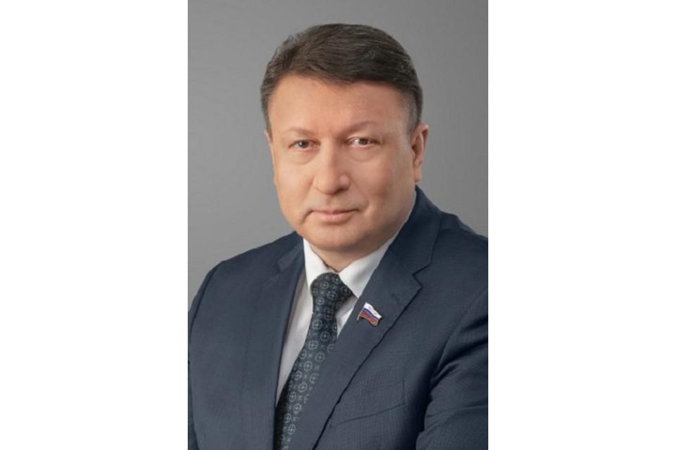 Олег Лавричев: «Пусть новый учебный год принесет новые открытия, знания и достижения!»