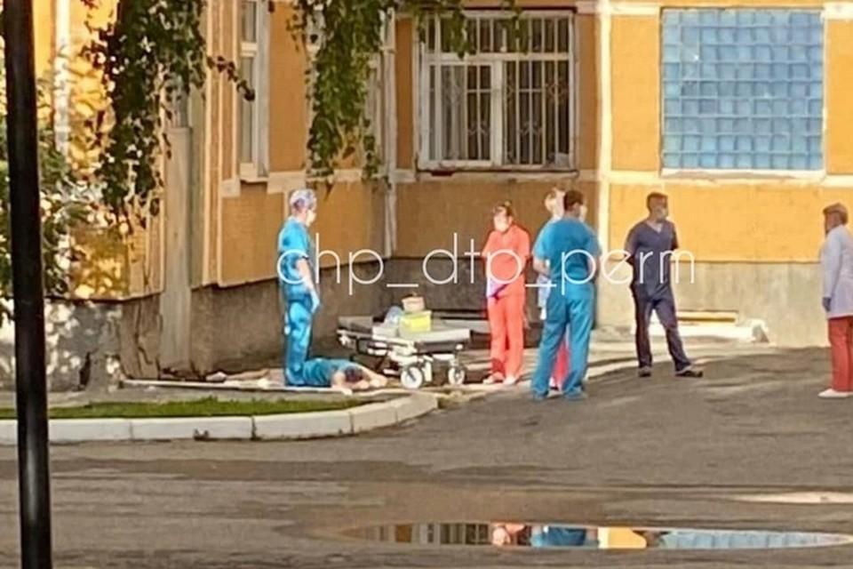 Фото с места происшествия: группа ВК «ЧП ДТП Пермь».